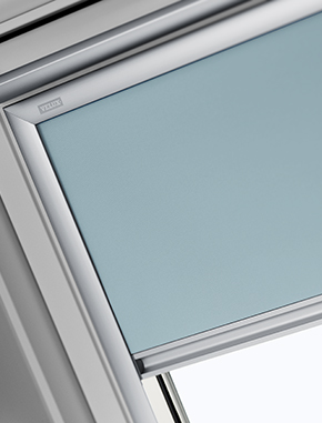 https://www.dakraam-gordijn.nl/~/media/Itzala/products/velux/blackout/Blackout%20K15/velux%20blackout%20K15%20large%20290x381.jpg